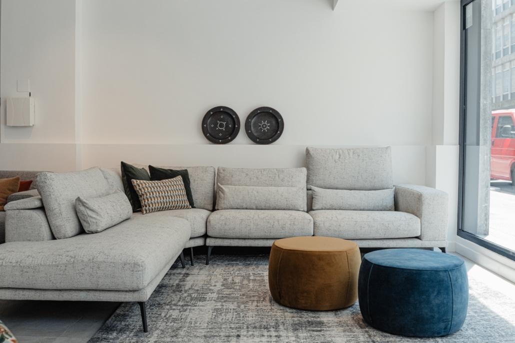 Sofa esquinero con respaldo especial